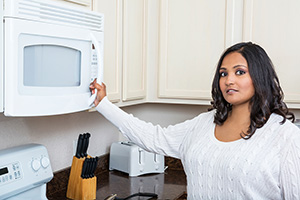 Ask Leyla: Are microwave ovens safe?