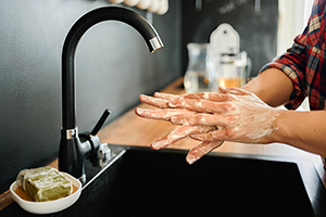 Handwashing to prevent food poisoning
